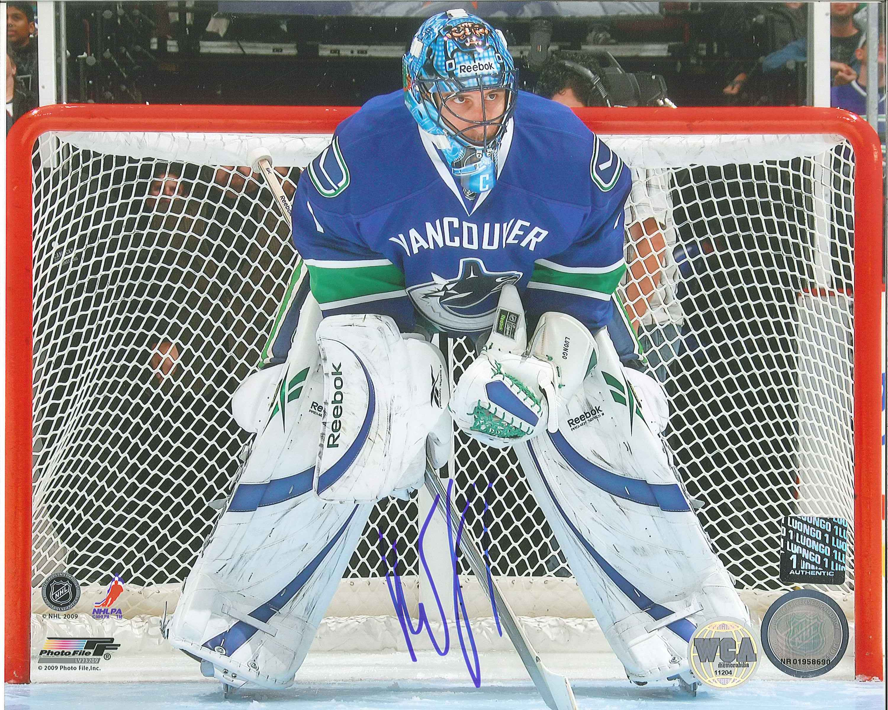 193e1c771 ... Roberto Luongo Autographed Vancouver Canucks 8 x 10 Photo.  West Coast Authentic NHL Canucks Roberto Luongo Autographed Photo(5)