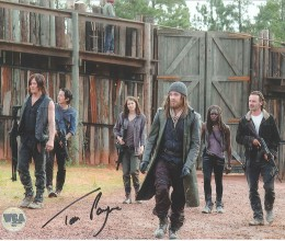 West_Coast_Authentic_TV_Walking_Dead_Tom_Payne_Autographed_Photo(2)