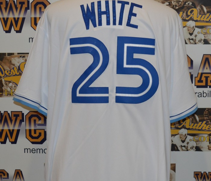 the best attitude a75ae 943c1 Devon White Autographed Toronto Blue Jays Jersey