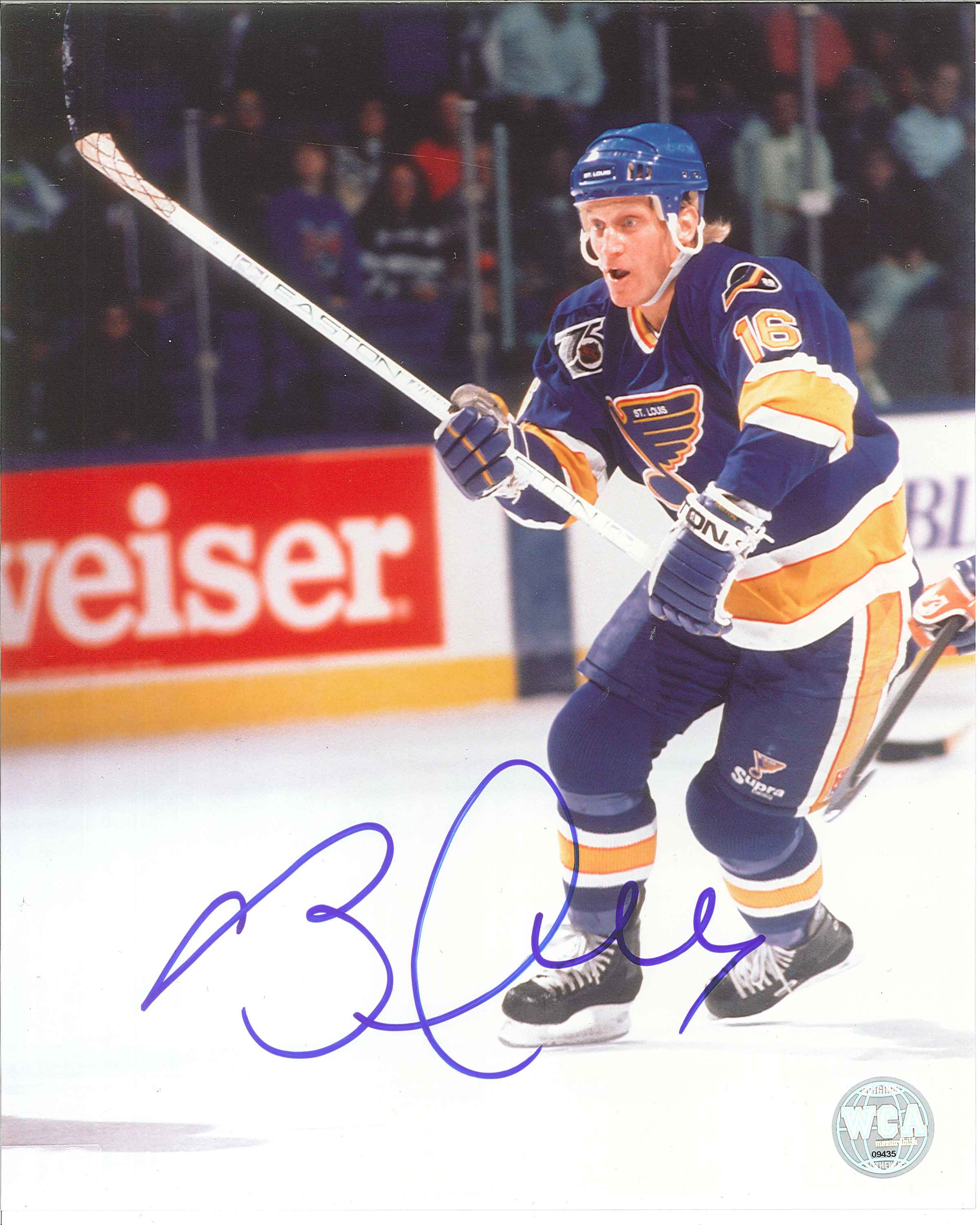sneakers for cheap 76042 5c3b9 Brett Hull Autographed St.Louis Blues 8 x 10 Photo