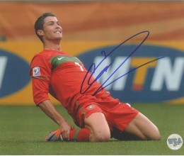 West_Coast_Authentic_Real_Madrid_Cristinao_Ronaldo_Autographed_Photo(1)