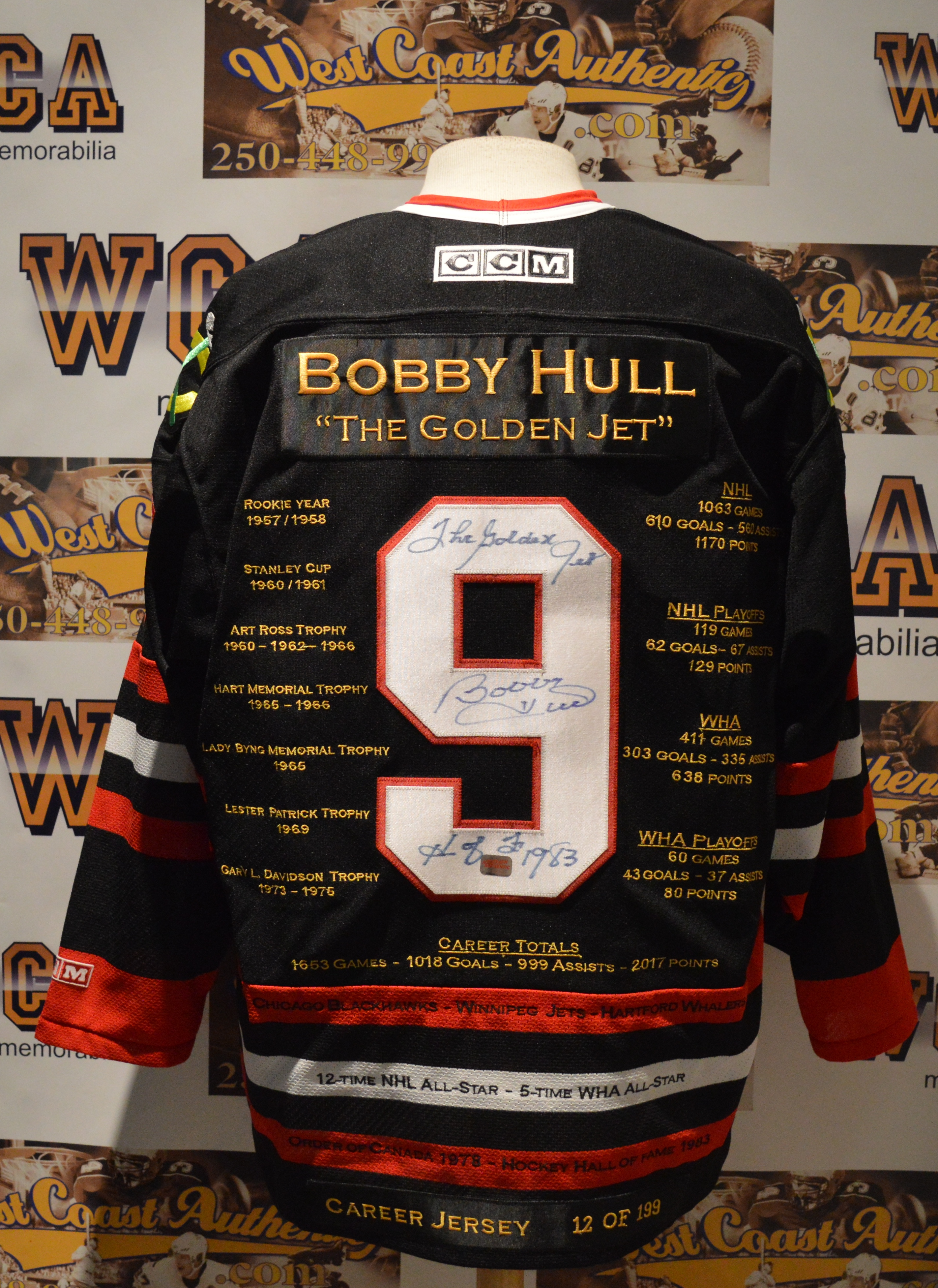 buy popular f2329 98516 Bobby Hull Autographed Chicago Blackhawks Jersey