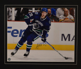 West_Coast_Authentic_NHL_Canucks_Alex_Edler_Autographed_Photo(1))