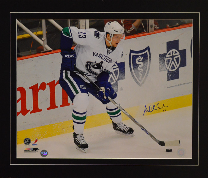 West_Coast_Authentic_NHL_Canucks_Alex_Edler_Autographed_Photo(2)