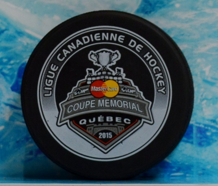 west_coast_authentic_chl_memorial_cup_unsigned_pucks