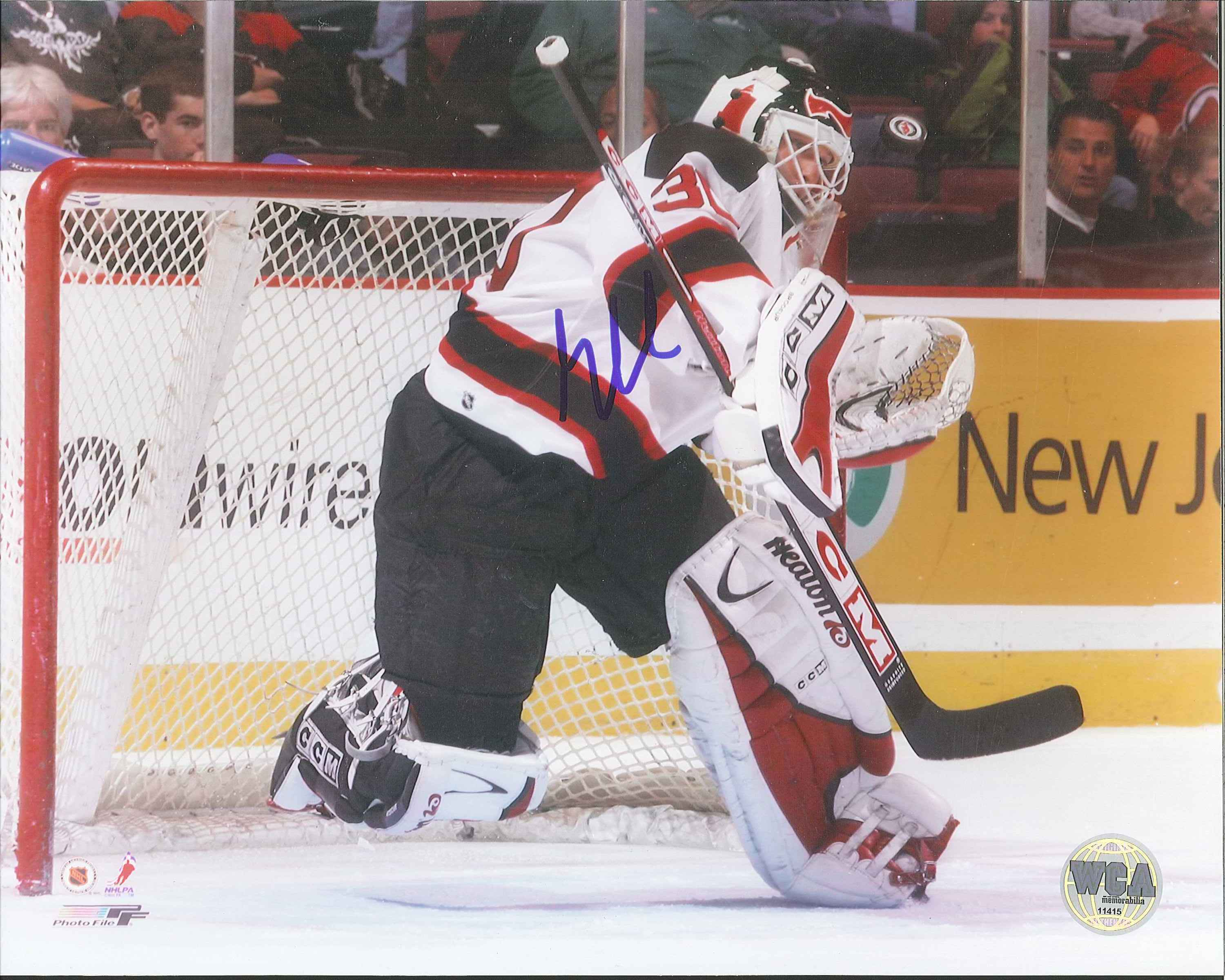 competitive price fcb6d 3735f Martin Brodeur Autographed New Jersey Devils 8 x 10 Photo