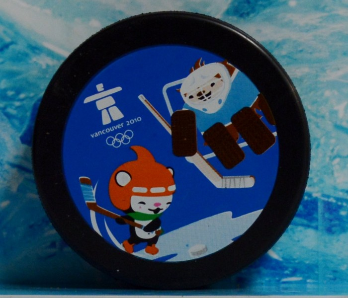 west_coast_authentic_olympics_2010_unsigned_puck2
