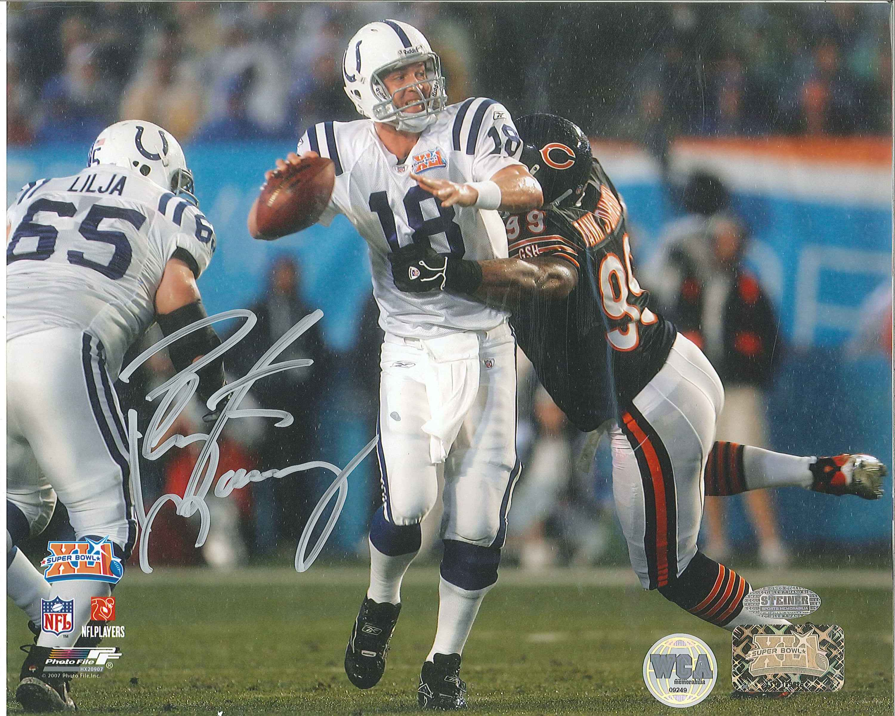 buy online 4bb30 fd3b6 Peyton Manning Autographed Indianapolis Colts 8 x 10 Photo