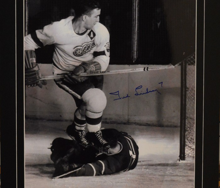West_Coast_Authentic_NHL_Red_Wings_Ted_Lindsay_Autographed_Photo(2)