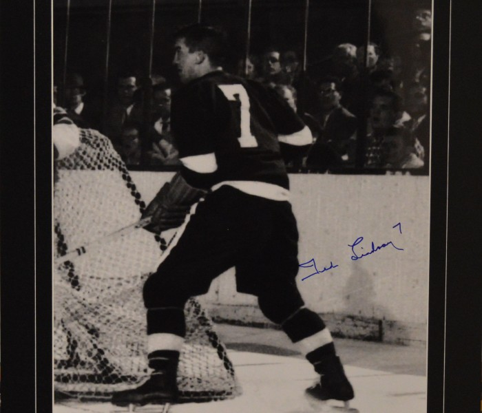 West_Coast_Authentic_NHL_Red_Wings_Ted_Lindsay_Autographed_Photo(3)