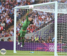 West_Coast_Authentic_Soccer_Team_USA_Hope_Solo_Autographed_Photo(2)