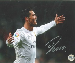 West_Coast_Authentic_Manchester_United_Cristiano_Ronaldo_Autographed_Photo(1)