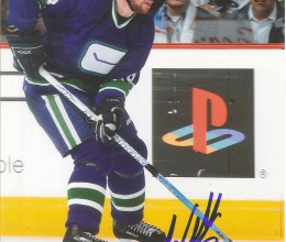 West_Coast_Authentic_NHL_Canucks_Willie_Mitchell_Autographed_Photo(3)