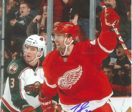 West_Coast_Authentic_NHL_Red_Wings_Ville_Leino_Autographed_Photo(2)