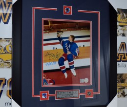 West_Coast_Authentic_NHL_Rangers_Wayne_Gretzky_Autographed_Framed_Photo