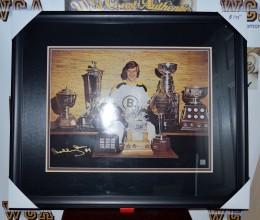 rsz_west_coast_authentic_nhl_bruins_bobby_orr_autographed_framed_photo