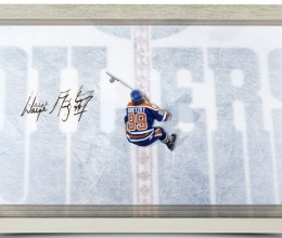 West_Coast_Authentic_wayne-gretzky-autographed-great-from-above-acrylic-display-84011