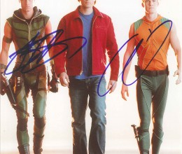 West_Coast_Authentic_Smallville_Autographed_Photo(1)