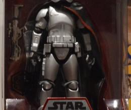 West_Coast_Authentic_Star_Wars_Captain_Phasma_Action_Figure