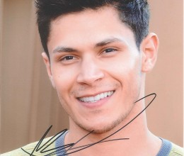 West_Coast_Authentic_Twlight_Alex_Meraz_Autographed_Photo(2)