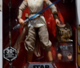 rsz_west_coast_authentic_star_wars_rey_action_figure