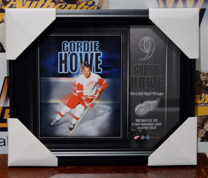 West_Coast_Authentic_NHL_Red_Wings_Gordie_Howe_Unsigned_Photo