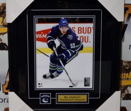 rsz_west_coast_authentic_nhl_canucks_bo_horvat_unsigned_photo