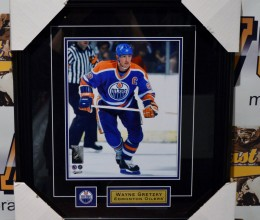 rsz_west_coast_authentic_nhl_oilers_wayne_gretzky_unsigned_photo
