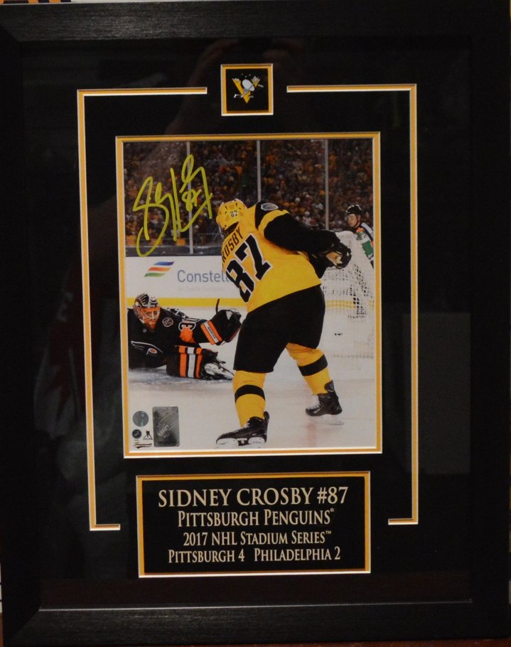 cad6d7375c7 ... Sidney Crosby Autographed Pittsburgh Penguins Framed 8 x 10 Photo.  West Coast Authentic NHL Penguins Sidney Crosby Autographed Photo(2)