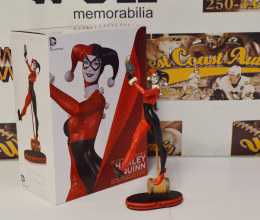 West_Coast_Authentic_Harley_Quinn_Statue