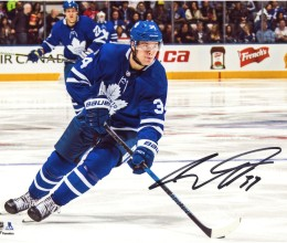 auston-matthews-toronto-maple-leafs-autographed-8-x-10-skating-with-puck-photograph2-t7937341-2000[282]
