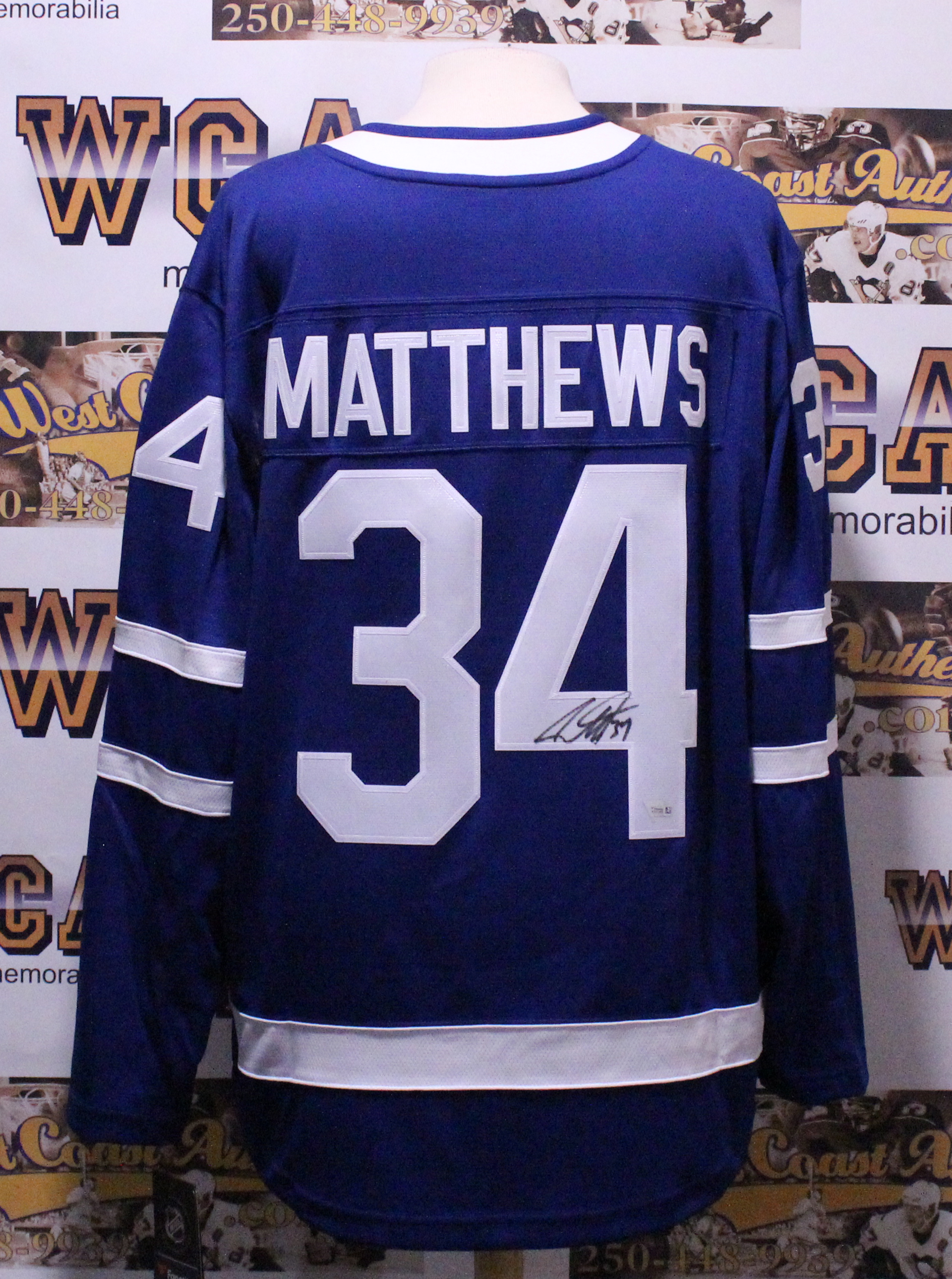 super popular 9a99f bbed0 Auston Matthews Autographed Toronto Maple Leafs Jersey
