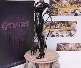 West_Coast_Authentic_Sideshow_Catwoman