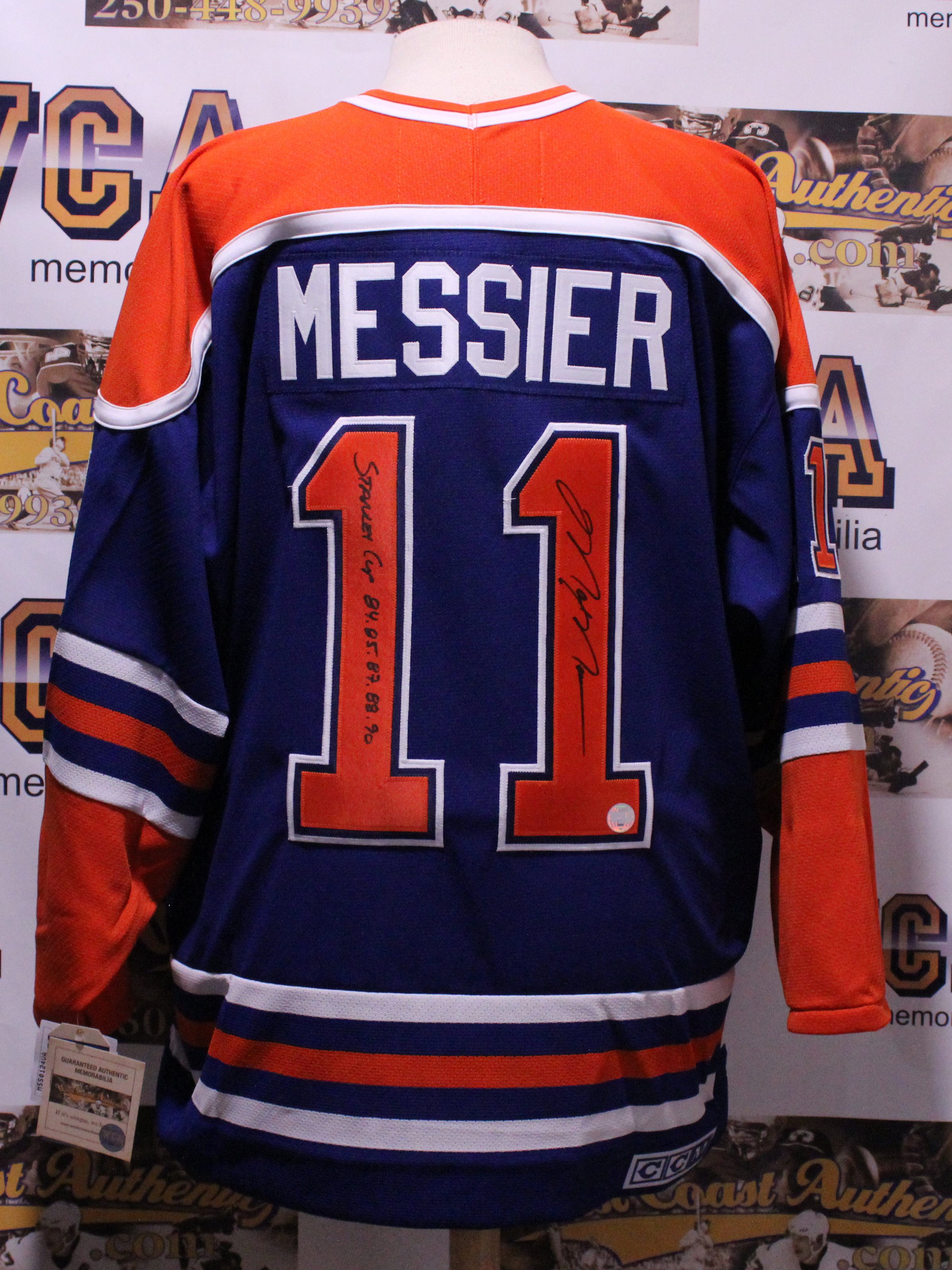 best authentic de260 bac66 Mark Messier Autographed & Stanley Cup Inscripted Jersey